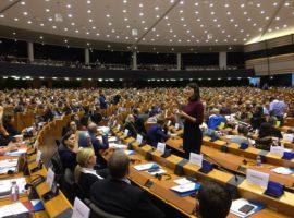Cea de-a 4 ediție a Parlamentului European al Persoanelor cu Dizabilități: drepturile persoanelor cu dizabilităţi în inima Uniunii Europene
